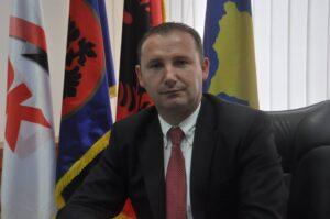 Ministri Zemaj apelon tek qytetarët për respektimin e masave kundër Covid-19