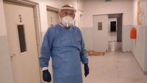 Infektologu Izet Sadiku: Qeveria duhet të rris kontrollin e respektimit të masave