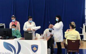 Mbi 7 mijë doza të vaksinës anti covid janë dhënë në 24 orët e fundit