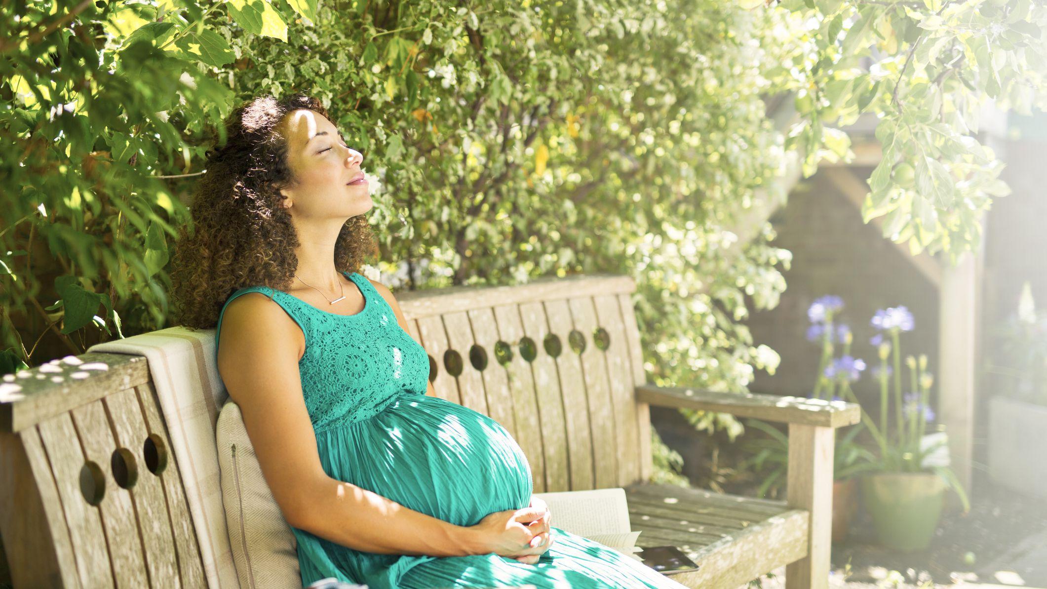 Ekspozimi ndaj diellit gjatë shtatzënisë ul rrezikun e lindjes së parakohshme